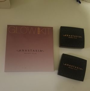 Anastasia Beverly Hills Face Palette Lot